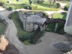 barbacane d'entrée du donjon de Loches