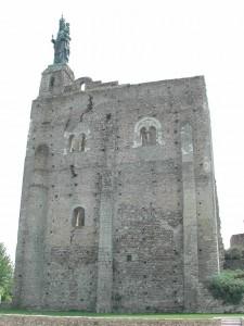 chateau de montbazon donjon