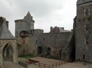 cour interieure chateau de vitre