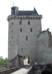 entree forteresse de chinon