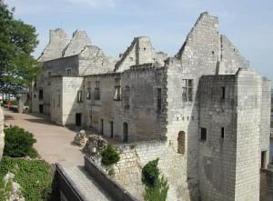 ruine chateau de chinon3