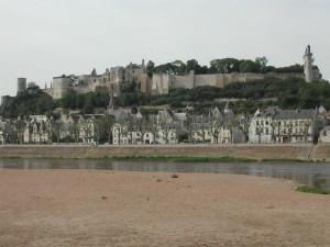 vue forteresse de chinon