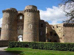 chatelet séparant haute cour et basse cour du chateau de chateaubriant